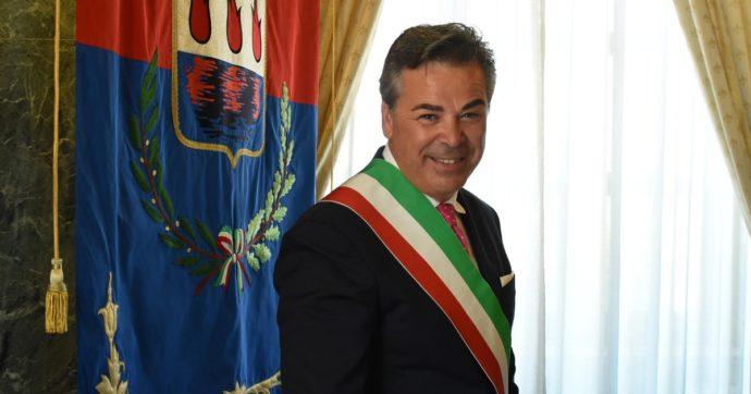 """Foggia, le accuse al sindaco (dimissionario) della Lega: """"Chiese una mazzetta da 500mila euro"""". L'imprenditore registrò l'incontro"""