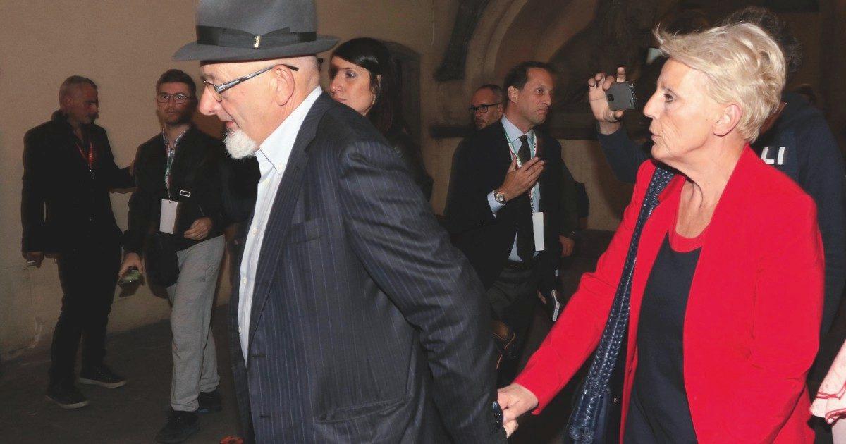 Reati fiscali, un altro processo per mamma e babbo Renzi