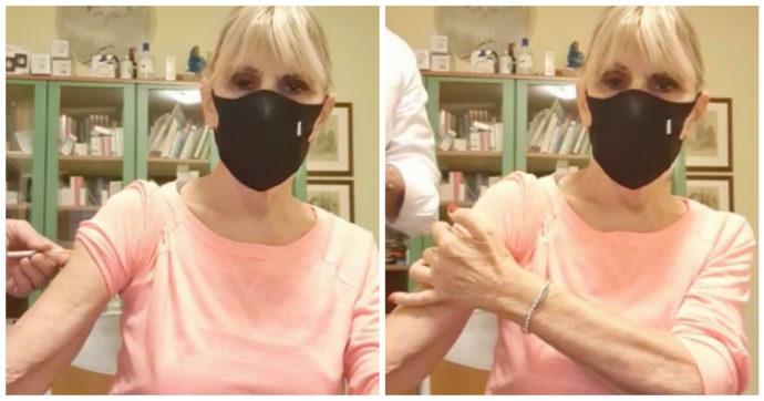 """Uomini e Donne, Gemma Galgani si è vaccinata con AstraZeneca: """"Una liberazione psicologica"""""""