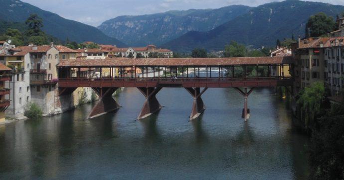 """""""L'altro"""" Ponte Vecchio torna alla luce dopo il restauro: una mostra ne celebra la storia lunga 8 secoli (genio di Palladio compreso)"""