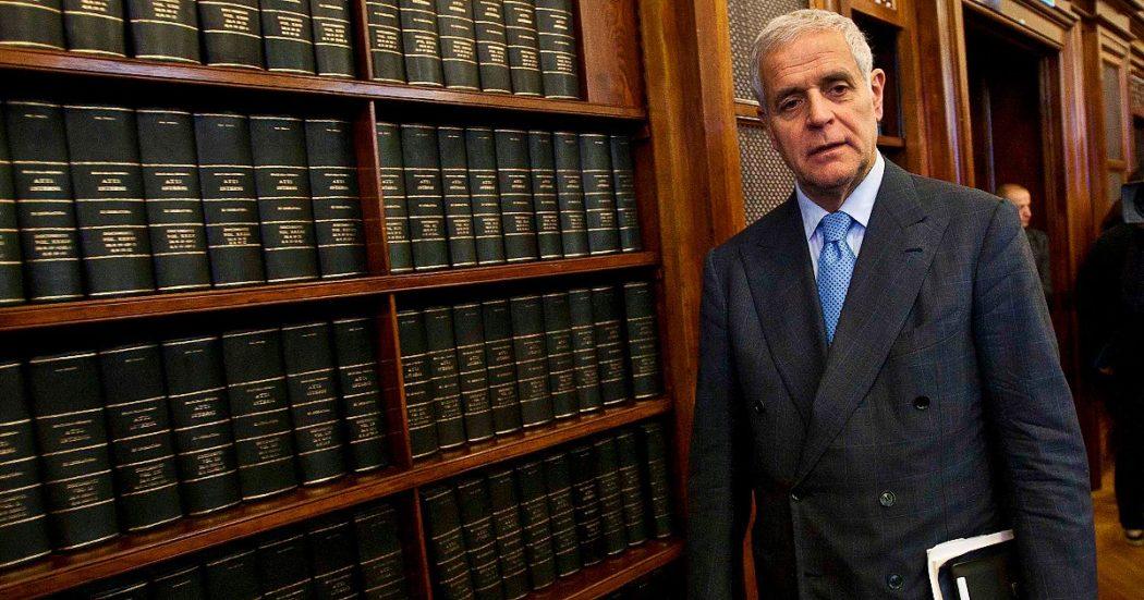Vitalizi, dopo Formigoni lo riavranno anche gli altri condannati (pure quelli per reati di mafia): ecco perché e che cosa può fare ora il Senato