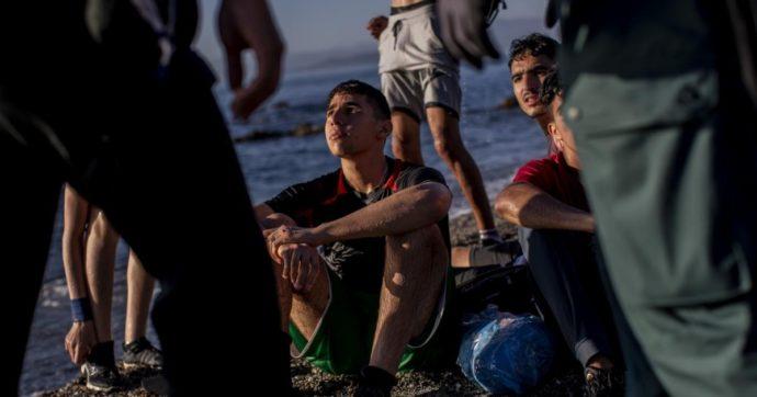 Spagna, dietro l'arrivo di migliaia di migranti a Ceuta c'è un complicato intrigo geopolitico