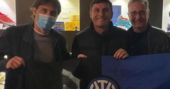 """Antonio Conte, Paolo Bonolis e Javier Zanetti identificati all'uscita del """"Botinero"""" a Milano: hanno violato il coprifuoco"""