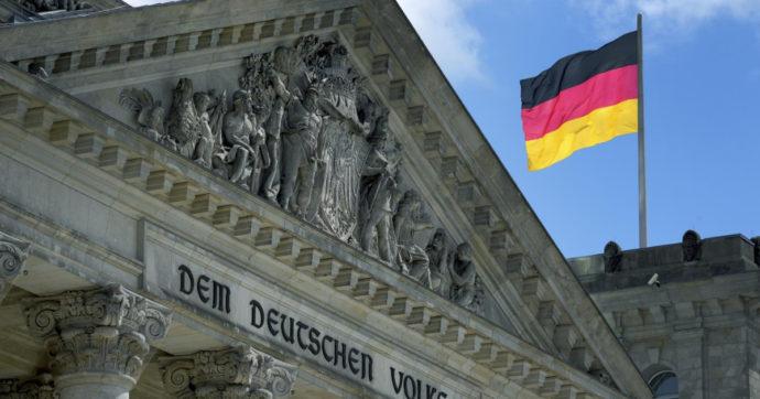 Pil tedesco peggio delle attese, in calo dell'1,8% nei primi tre mesi del 2021. Sale l'indice Ifo sulla fiducia delle aziende