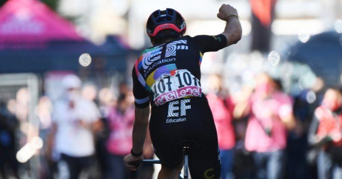 Giro a ruota libera – Bernal lascia andare la fuga: a Stradella vince Bettiol. Mai tante vittime illustri come quest'anno