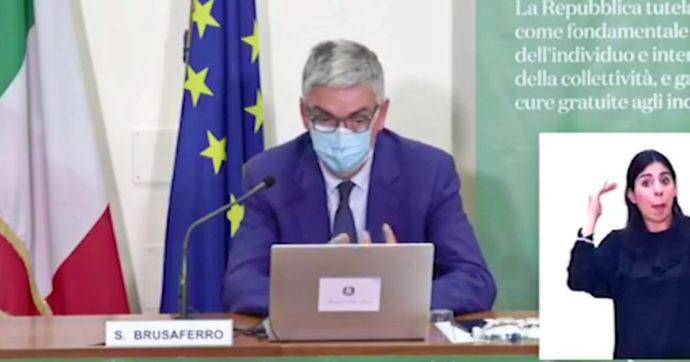 """Covid, Brusaferro: """"La curva sta decrescendo e dati positivi. Se prosegue a metà giugno Italia in zona bianca"""""""