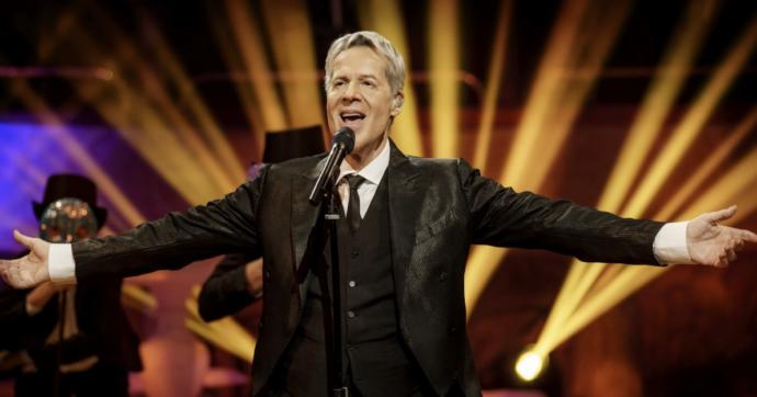 """Claudio Baglioni in streaming con l'opera-concerto """"In questa storia che è la mia"""". E lancia una proposta: """"Io alla direzione artistica di Eurovision 2022"""""""