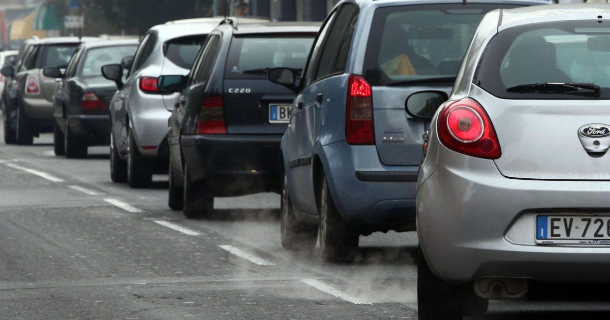 Il biossido di azoto dei veicoli diesel uccide ancora troppo: i dati terrificanti di Roma e Milano