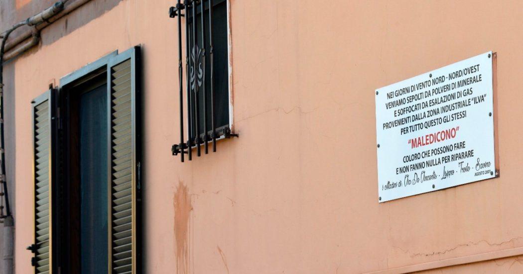 """Taranto, la battaglia persa da 6 governi. Decreti inutili e i veleni sempre come prima. La politica del """"salva Ilva"""" che non ha mai risolto nulla"""
