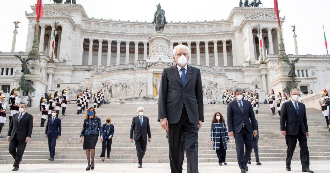 """Mattarella: """"La Repubblica è ancora imperfetta tra evasione fiscale e morti sul lavoro"""". Ai partiti: """"Democrazia più importante degli interessi"""""""