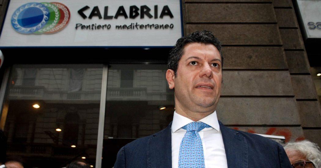 """Reggio Calabria e il falso attentato del 2004 al sindaco Scopelliti: la 'ndrangheta e il ruolo dello 007 Mancini nella """"pagliacciata"""" del tritolo senza innesco"""
