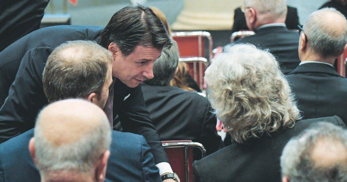 5S vicini all'accordo: il voto per Conte non su Rousseau