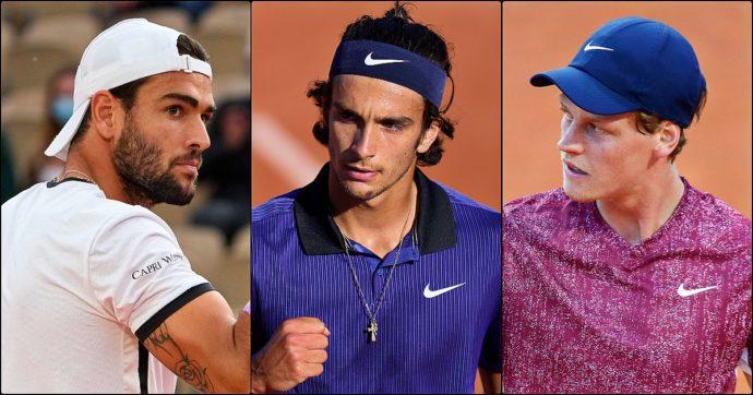 Musetti, Berettini e Sinner sfidano Djokovic, Federer e Nadal: azzurri contro mostri sacri, lunedì si fa la storia d'Italia al Roland Garros