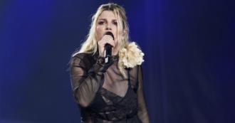 """Emma, la commovente dedica a Michele Merlo: """"Ieri ho cantato forte per te, ciao amico mio"""". Il concerto all'Arena di Verona"""