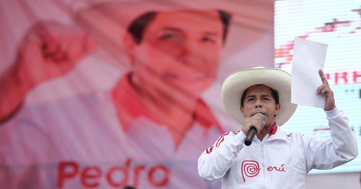 Lima si sveglia col rebus governo