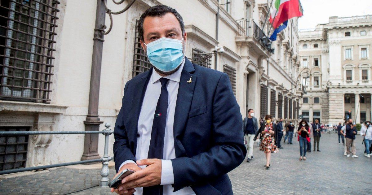 """Salvini, ennesima giravolta. """"Licenziamenti, bene così"""""""