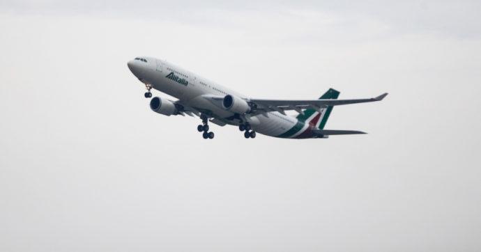 Alitalia, la nuova compagnia prova a decollare. Ma il conto dei soldi spesi dallo Stato è già in orbita: 13 miliardi