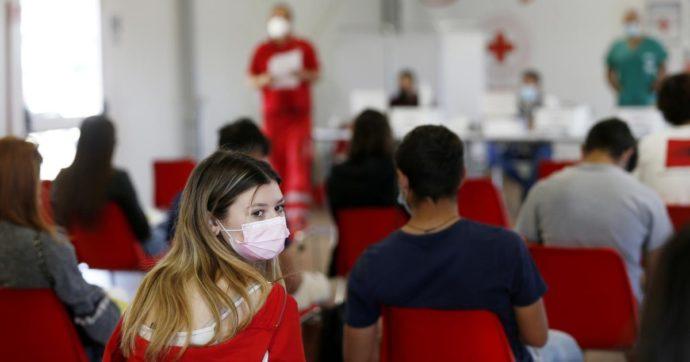 Il punto sui vaccini a bambini e adolescenti: quali benefici, quali rischi. Ecco cosa dicono gli studi