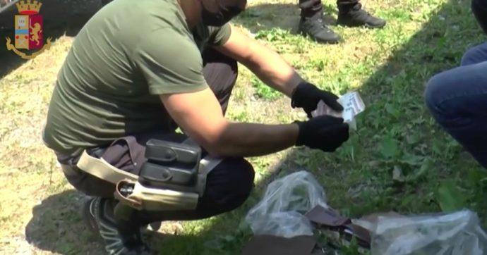 """Milano, vendevano documenti falsi ai foreign fighter: sette arresti. Tra i """"clienti"""" anche l'attentatore di Vienna del novembre scorso"""
