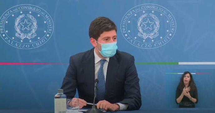"""Astrazeneca, ecco la circolare del ministero della Salute: """"Vaccino solo per gli over 60. Per gli altri i richiami con Pfizer o Moderna"""""""