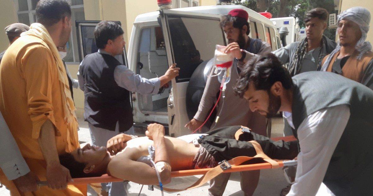 Prove di guerra civile: 10 morti, scontro tra Isis e Talebani