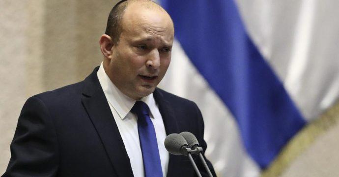 Israele, finita l'era di Netanyahu. Naftali Bennett è il nuovo premier (interrotto più volte durante il suo discorso)