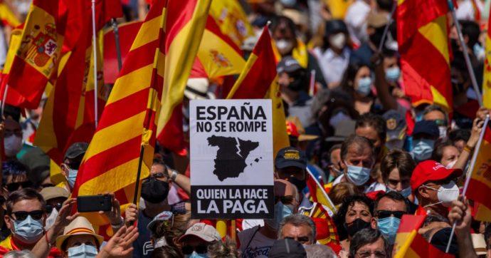 Dagli ultracattolici a Vox: la destra in piazza a Madrid contro l'indulto agli indipendentisti. Ciudadanos e Popolari restano defilati