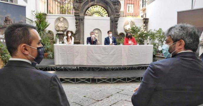 """Conte a Napoli con Di Maio e Fico in sostegno di Manfredi: """"Dove possibile rafforzare l'intesa col Pd, ma no ad operazioni calate dall'alto"""""""