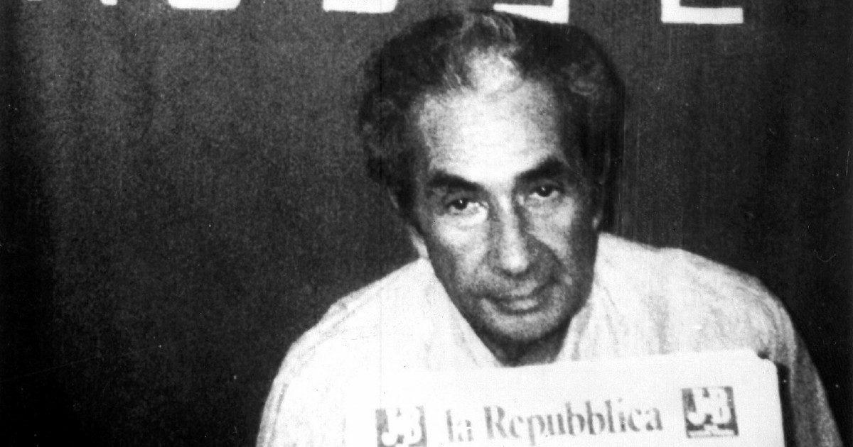 """Moro, mafia, P2… L'Italia repubblicana è un """"Paese senza verità"""" da settantacinque anni"""