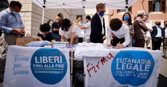 """Eutanasia legale, parte la raccolta firme per il referendum: """"Necessario agire a fronte di un Parlamento paralizzato e sordo"""""""