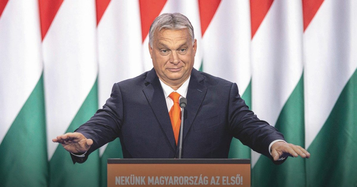 """""""Orbán plasma la cultura e dall'Ungheria si scappa"""""""