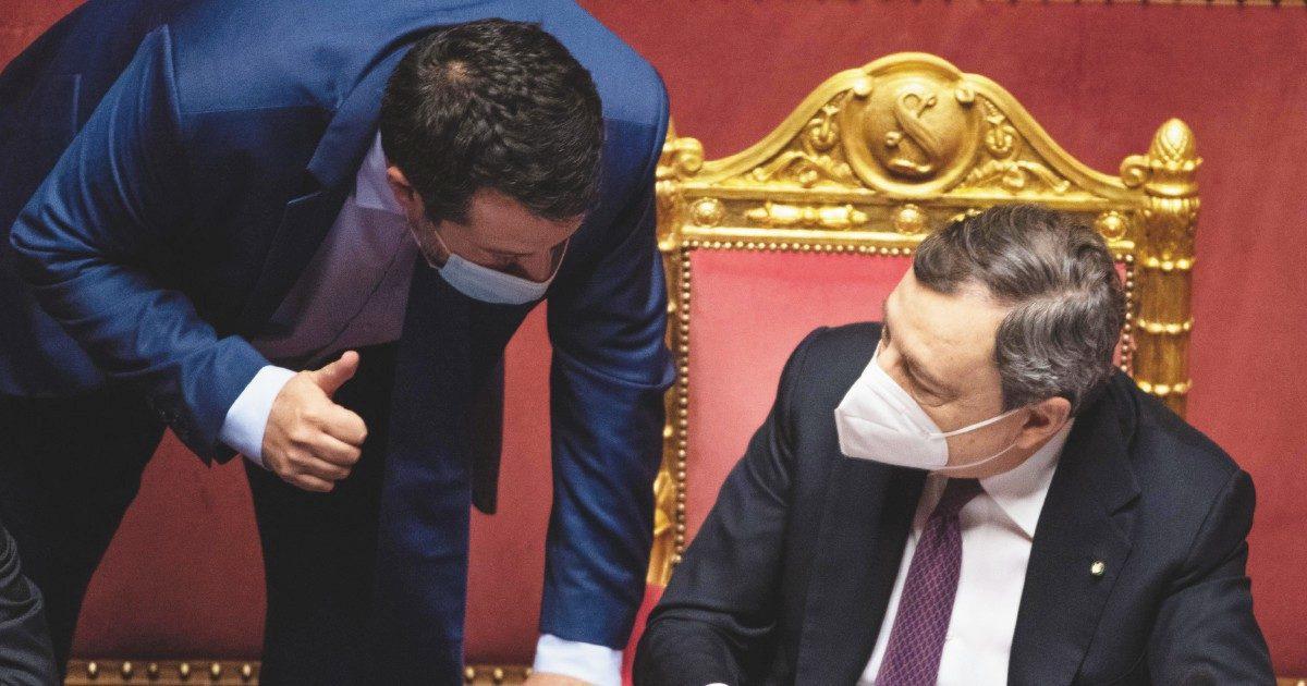Nel silenzio di Draghi, la voce di Salvini è l'unica che si sente