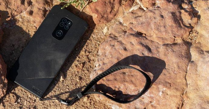 Motorola Defy, ufficiale il nuovo smartphone rugged in grado di resistere alle sfide più dure