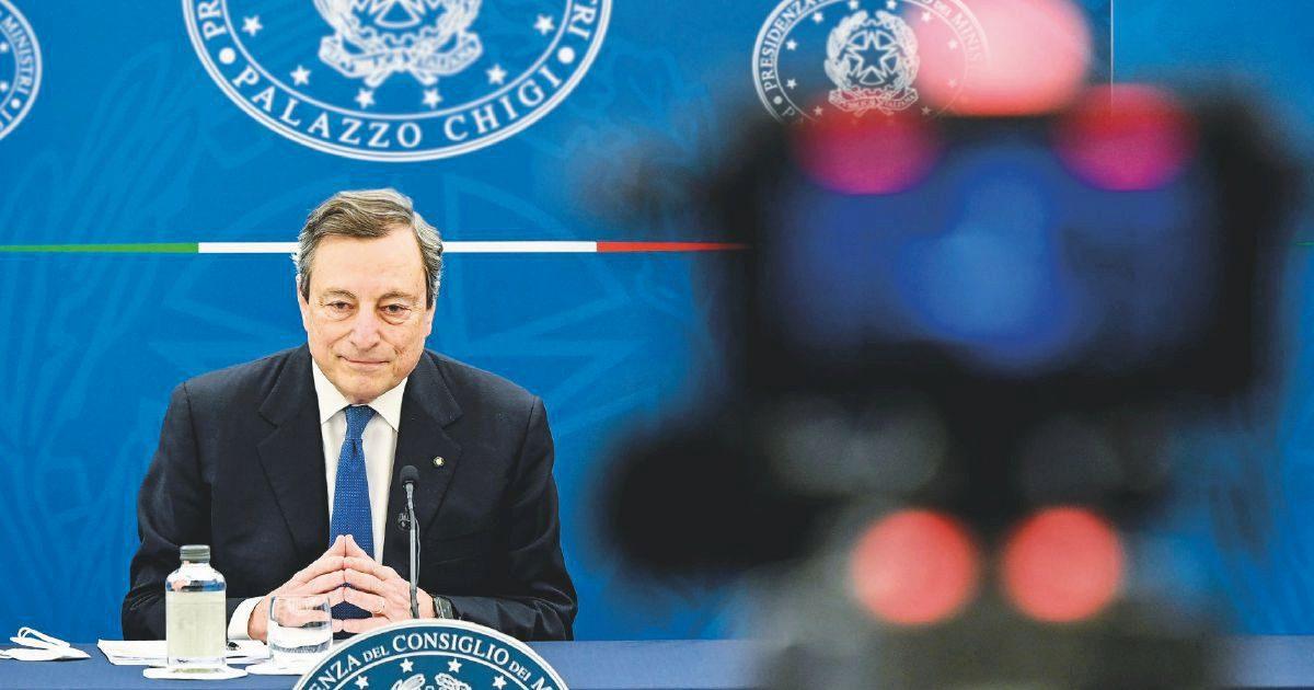 Il destino dell'Italia è nelle mani (bucate) di Comuni e Regioni