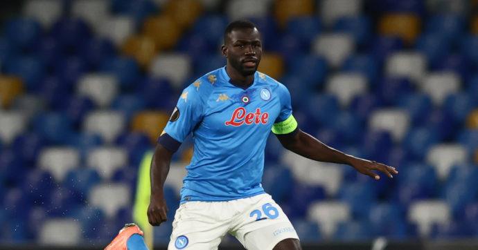 Calcio, Kalidou Koulibaly compie trent'anni e manda in Senegal una nave carica di medicine, cibo e ambulanze