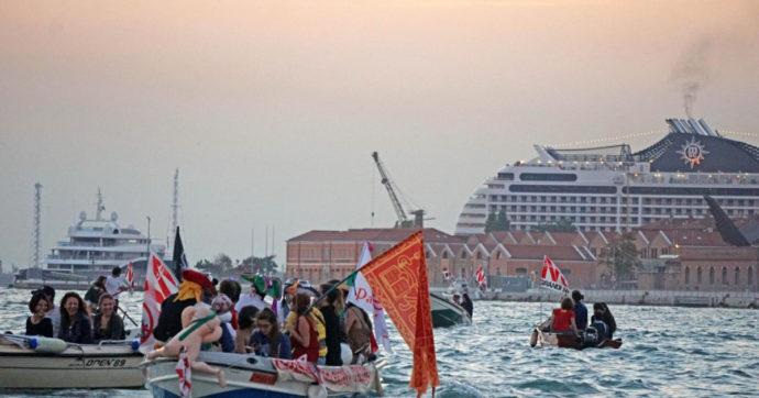 """Venezia e Grandi Navi, come si è arrivati al rischio """"lista nera"""" Unesco. Cinque anni di """"melina"""" con tante promesse e pochi fatti"""