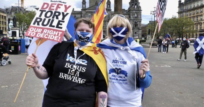 """Londra frena le ambizioni della Scozia: """"Il referendum? Non prima del 2024. Ora pensiamo a ripresa post Covid"""""""