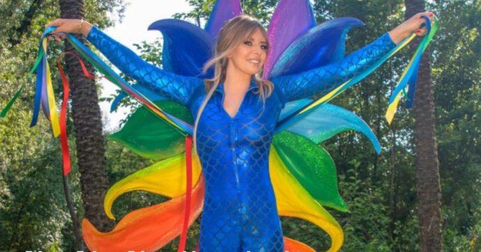 Ddl Zan, Alessandra Mussolini prosegue la sua campagna a favore e veste arcobaleno (LE FOTO)