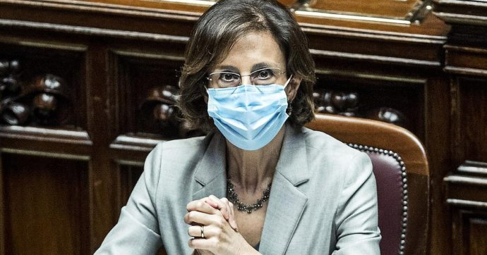 """Giustizia, la ministra Cartabia: """"Noi chiamati a costruire il nostro ponte di Genova. Abbattere del 25% i tempi dei processi in 5 anni"""""""