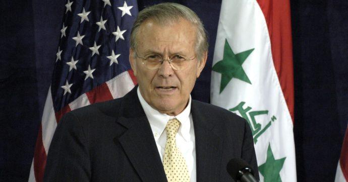 È morto Donald Rumsfeld: l'ex segretario della Difesa americana con George W. Bush aveva 88 anni