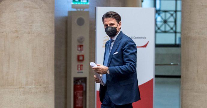 Caos M5s, in Parlamento è iniziata la conta: ecco chi è pronto a seguire Giuseppe Conte e chi vuole restare con Beppe Grillo