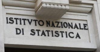 """Lavoro, lieve aumento di occupati a maggio. Rispetto ai valori pre-pandemia mancano 700mila posti. Istat: """"Più risparmio e meno consumi"""""""