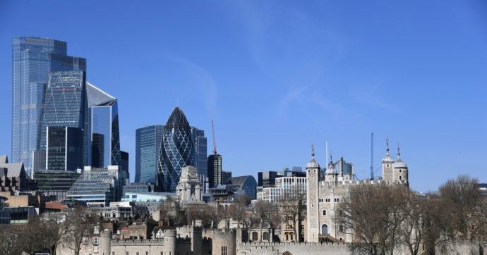 """Tassazione, """"accordicchio"""" in sede Ocse tra 130 paesi sull'aliquota minima globale. Ma la City di Londra è esentata e saltano le web tax"""