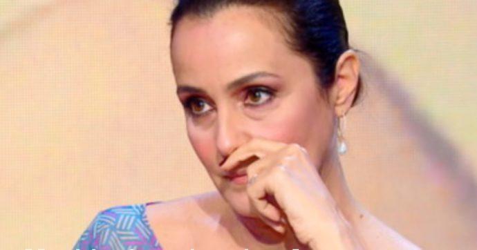 """Estate in Diretta, Roberta Capua in lacrime parlando di Luana D'Orazio: """"Non ho più parole"""""""