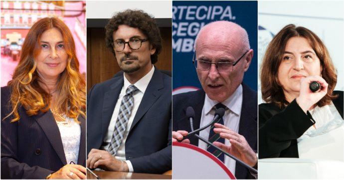 """M5s, l'appello di 19 senatori: """"Ricomporre la frattura tra Grillo e Conte. Avanti solo uniti"""""""