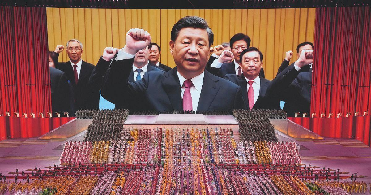 """Cina, 100 anni di Partito comunista. La minaccia di Xi: """"Chi sfida Pechino vedrà teste rotte e spargimento di sangue"""""""
