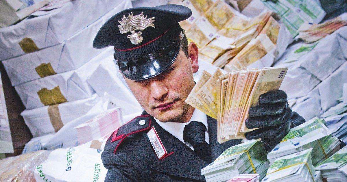 Corruzione, in Italia un indagato ogni 14 ore