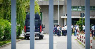 """Violenze nel carcere di S. Maria Capua Vetere, altre 25 sospensioni. La versione dell'ispettore al gip: """"Sono stati quelli di Secondigliano"""""""