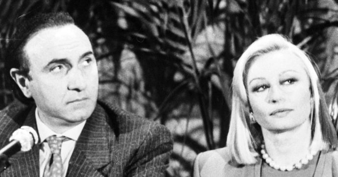 """Morta Raffaella Carrà, Pippo Baudo: """"Sono affranto. Mai un programma insieme, il mio rimpianto"""""""