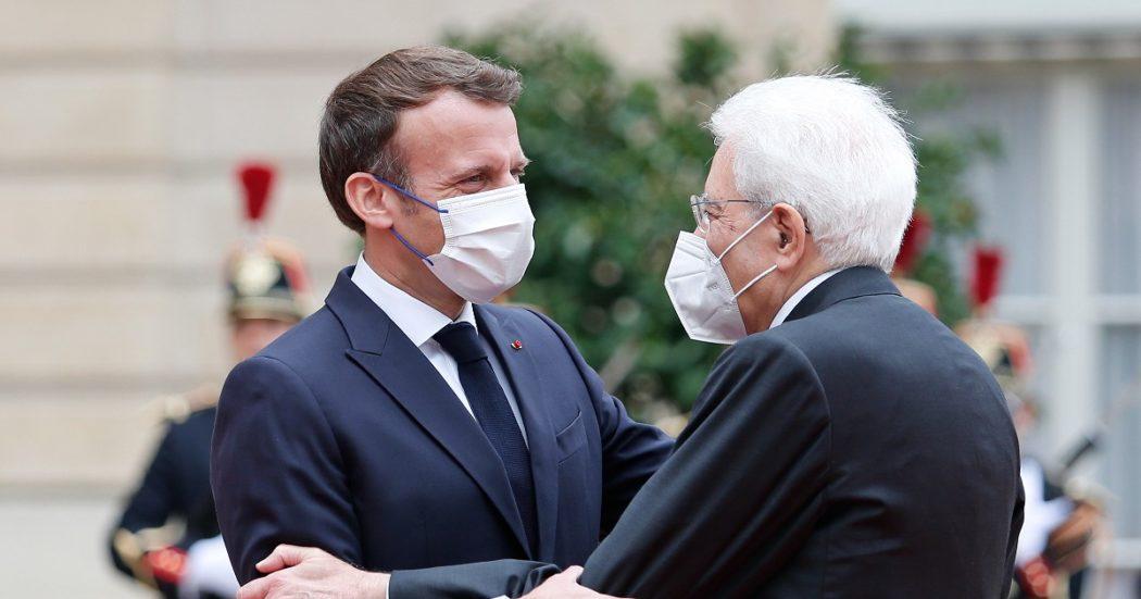 """Mattarella incontra Macron a Parigi, pronto il Trattato del Quirinale. Sull'Ue: """"Se si va contro i Trattati lo si fa al prezzo dell'abbandono"""""""